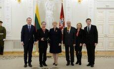 Dalia Grybauskaitė Vasario 16-osios proga įteikė valstybės apdovanojimus