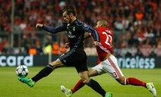 Garethas Bale'as ir Arturo Vidalis