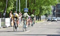 Lenktynių Jonavoje pirmojo etapo finišas (S. Baniulio nuotr.)