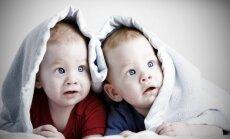 vaikas, berniukas, broliai, vaikai, dvyniai, dvynukai miegas, antklodė