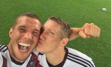 Lukas Podolski ir Bastianas Schweinsteigeris