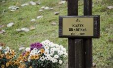 Kazio Bradūno kapas