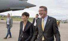 JAV gynybos sekretorius Ashtonas Carterir ir Norvegijos gynybos ministrė Ine Marie Eriksen Soreide