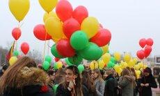 """Kauno gimnazistų Nepriklausomybės dienos minėjime – """"Eurovizijos"""" atrankų dalyvis"""