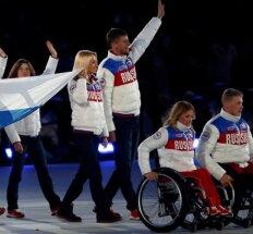 Rusijos parolimpiečiams suduotas dvigubas smūgis – nušalinti ir nuo žiemos žaidynių