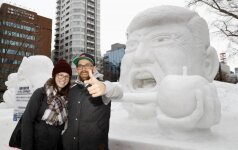Japonijoje prasidėjo garsusis sniego festivalis