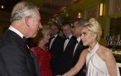 Lady Gaga, princas Čarlzas ir Camilla Parker Bowles