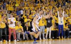 """""""Warriors"""" panaikino 17 taškų deficitą ir antrą kartą įveikė """"Blazers"""""""