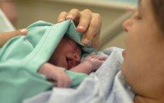DRAMA, sujaudinusi pasaulį: gimdymo metu sukeitė vaikus (FOTO)