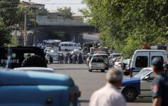 Armėnija: paleisti įkaitai – dar ne pabaiga