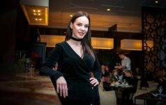 Sukneles dievinanti aktorė V. Bičkutė tapo modeliu