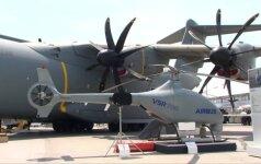 Paryžiuje pristatytas NATO karinėms operacijoms pritaikytas bepilotis sraigtasparnis