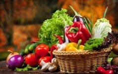 Gudrybės, kurios padės ilgiau išsaugoti iš parduotuvės parsineštas daržoves ir vaisius