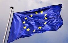 """Lenkų spauda: Lenkija nori paversti Europos Sąjungą """"supergalia"""""""
