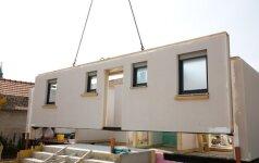 Originalu: architektai įgyvendino sunkiai prieinamoms vietovėms skirto modulinio namo projektą