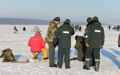 Visuotinio reido rezultatai: patikrinta beveik 4 tūkst. žvejų, 82 proc. turėjo privalomus smaigus