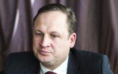 Socialdemokratai dar kartą kvies generalinį prokurorą atsakyti į klausimus dėl kariuomenės pirkimų