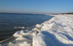 Nemunas ir Neris jau užšalo, tačiau ant Baltijos jūros šiemet nečiuožinėsime