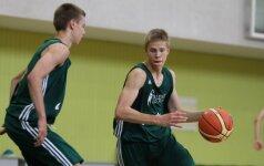 """V.Garastas atidarė pirmą """"Talent camp"""" krepšinio stovyklą"""