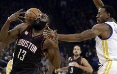 """Finalo verta drama: """"Rockets"""" po dviejų pratęsimų nukovė """"Warriors"""" ekipą"""
