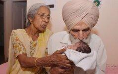 Kaip šiandien gyvena šeima, kuri pirmagimio susilaukė po 70 metų