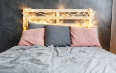 Darau pats: lovos galvūgalio idėjos, kurias įgyvendinti galite patys
