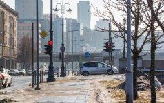 Naktį numatomi nedideli krituliai, eismo sąlygas sunkins rūkas