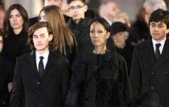 Jautri 14-mečio C. Dion sūnaus kalba per tėvo laidotuves PRAVIRKDYTŲ VISUS