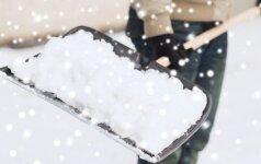 Kaip išsirinkti geriausią įrankį sniegui kasti?