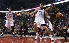 """J. Valančiūnas prie """"Raptors"""" pergalės prisidėjo puikia kova po krepšiais"""