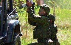 Vyriausybė: karinių pirkimų agentūra bus sukurta 2018 m.