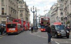 """Žalieji """"užpuolė"""" Londoną"""