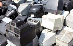 Norėdami gauti nuolaidą degalams žmonės pririnko tonas senos elektroninės įrangos