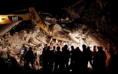 Italijoje po žemės drebėjimo nenumaldomai auga aukų skaičius – jų daugiau nei 150