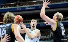 Sėkmingai Europos čempionate kovojančio J.Valančiūno žaidimas nepraslydo pro akis JAV žiniasklaidai