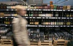 Alkoholio akcizų pajamos auga, pardavimai išlieka mažesni