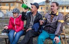 Norintiems nuo alkoholizmo išgelbėti artimuosius siūlo nemeluoti