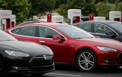 Tesla automobiliai
