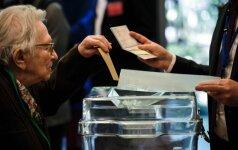 Prancūzijoje teko evakuoti vieną balsavimo patalpą dėl įtartino automobilio