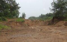 Bendrovė mokės milijono eurų baudą: neteisėtai naudojo žemės gelmių išteklius