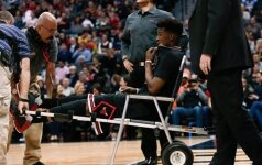 """NBA: K. Porzingio blokų vakarėlis, J. Butlerio trauma ir """"Celtics"""" stebuklas"""