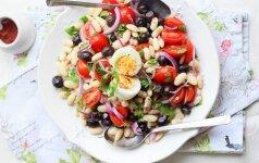 Turkiškos pupelių salotos