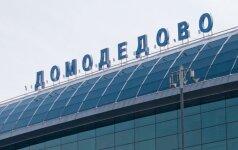 Maskvos oro uoste ugniagesių automobiliui įsirėžus į pėsčiuosius žuvo žmogus, septyni sužeisti
