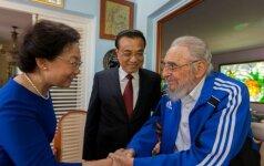 Fidelis Castro, Li Keqiangas su žmona