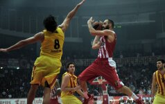 """""""Barcelona"""" įveikė Eurolygos čempionus Pirėjuje, M. Kalnietis išplėšė pergalę Stambule"""
