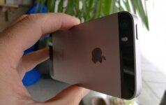 """Įrankiai šnipinėti """"iPhone"""" - gali užkrėsti naujus telefonus"""