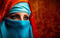 Egiptas: pragariška moteriško apipjaustymo realybė