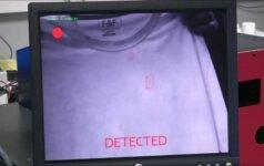 Britai išrado skenerį, atpažįstantį net mikroskopinį sprogmenų kiekį