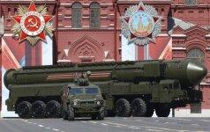 Braškanti Rusijos ekonomika jau nepajėgia gaminti ginklų, kuriais gyrėsi V. Putinas