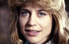 Linda Hamilton. 1984 m.